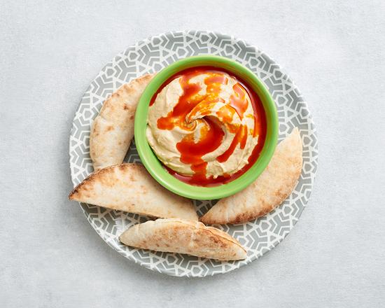 Calories in Nandos Creamy Hummus With Peri-Peri Drizzle & Pita